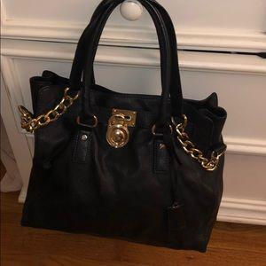 Michael Kors Gold Hardware BLaCK Leather Tote✔️